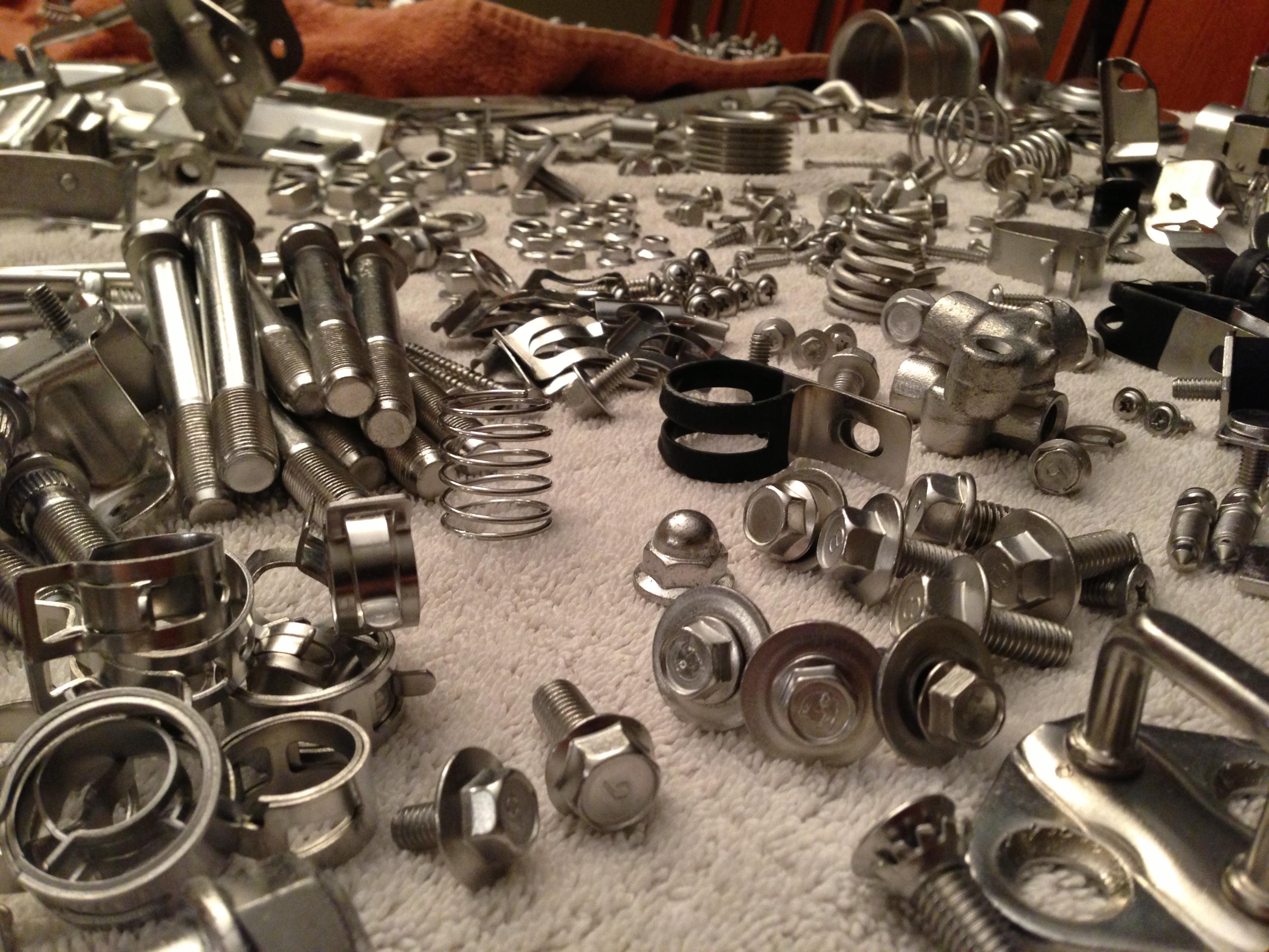 Zinc-Nickel Plated bolts/nuts/screws